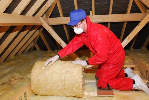 Чем утеплить потолок в частном доме недорого. Какой утеплитель лучше подойдет?