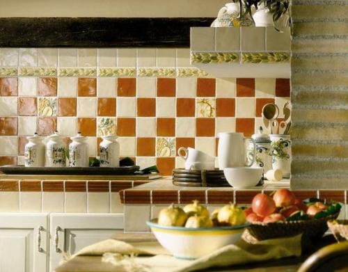 Из чего сделать фартук на кухне кроме плитки. Кухонные фартуки из керамической плитки