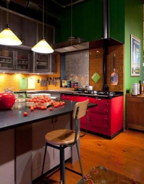 Кухонный остров в квартире студии. Особенности кухни с островом