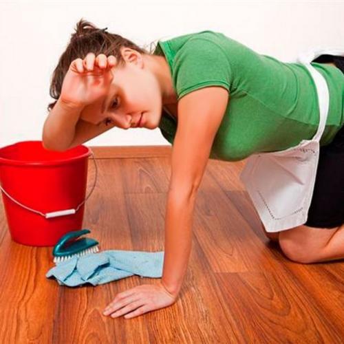 Как лучше мыть ламинат. Мытьё ламината в доме – советы профессионалов