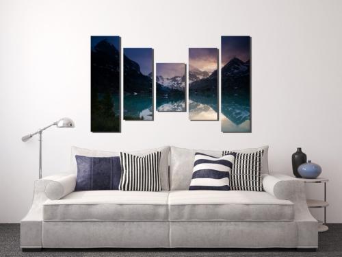 Композиция из картин на стене. 5 ошибок размещения картин на стенах