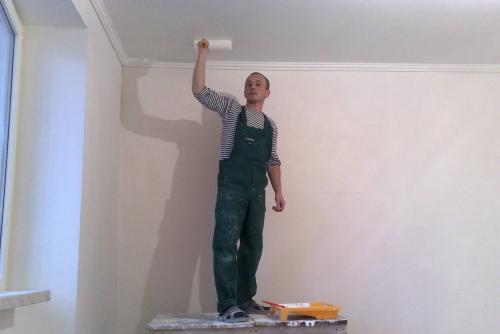 Для дома потолок. Какой потолок выбрать