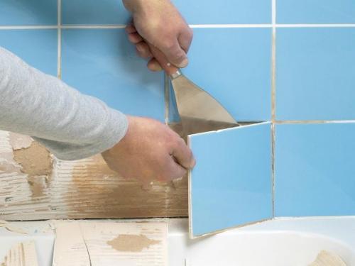 Вздулась плитка в ванной на стене. Что делать, если отходит плитка в ванной