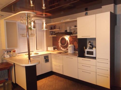 Барная стойка для кухни маленькая. Преимущества установки барной стойки на кухне