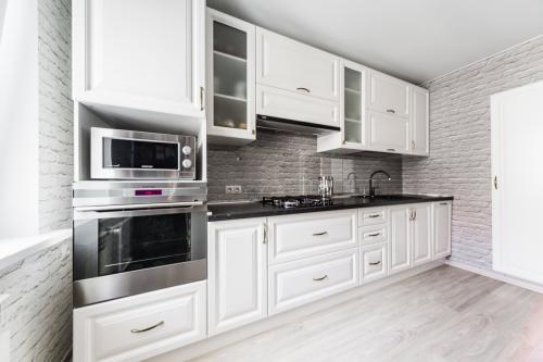 Что лучше класть на пол на кухне. Мой топ-5 напольных покрытий для кухни