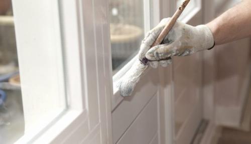 Чем проклеить окна на зиму своими руками. Особенности и основные требования