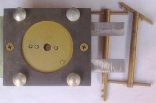 Отмычка для замка с падающим ключом. Гаражные замки с падающим ключом