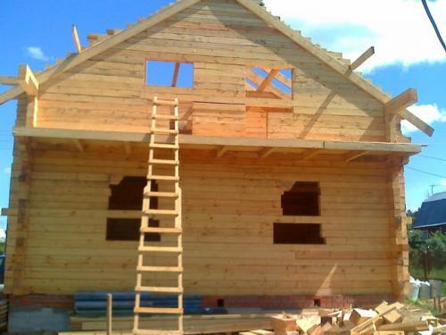 Строим своими руками дом от фундамента до крыши. Тонкости выбора материалов