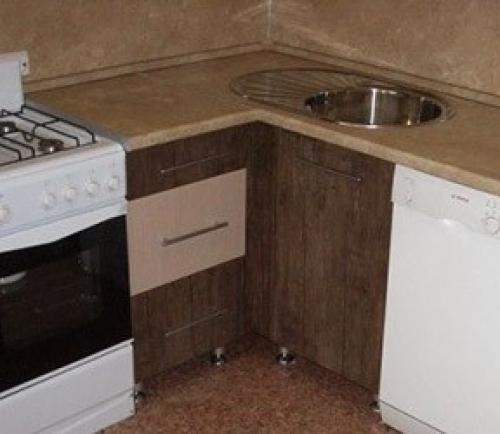 Как собрать угловой шкаф под мойку. Нижний кухонный угловой стык 90 градусов. Разные варианты.