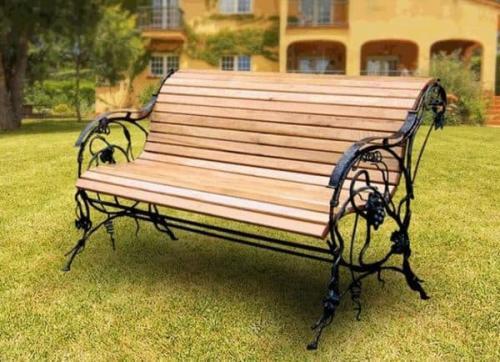 Скамейка для дачи из металла. Описание скамеек для дачи и виды конструкций