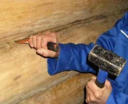 Какой материал использовали для заделывания щелей в бревенчатых домах. Как убрать щели между бревнами